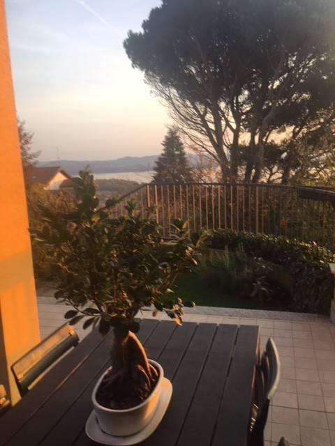 Villa in vendita a Comerio, 6 locali, prezzo € 595.000 | CambioCasa.it