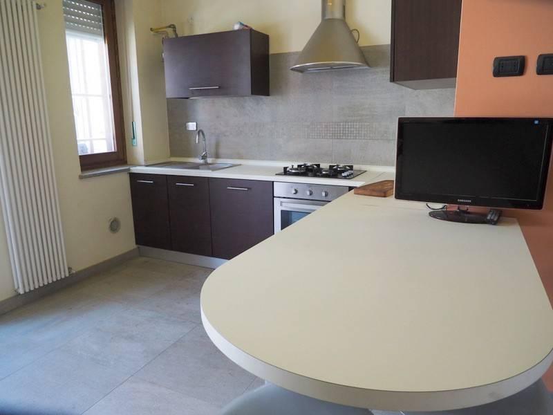 Appartamento in ottime condizioni in affitto Rif. 8579654