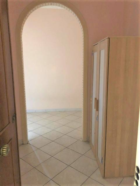Appartamento in buone condizioni in affitto Rif. 8579052