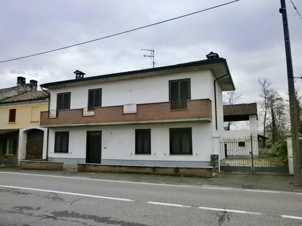 Villa in vendita a Zinasco, 4 locali, prezzo € 187.000 | CambioCasa.it