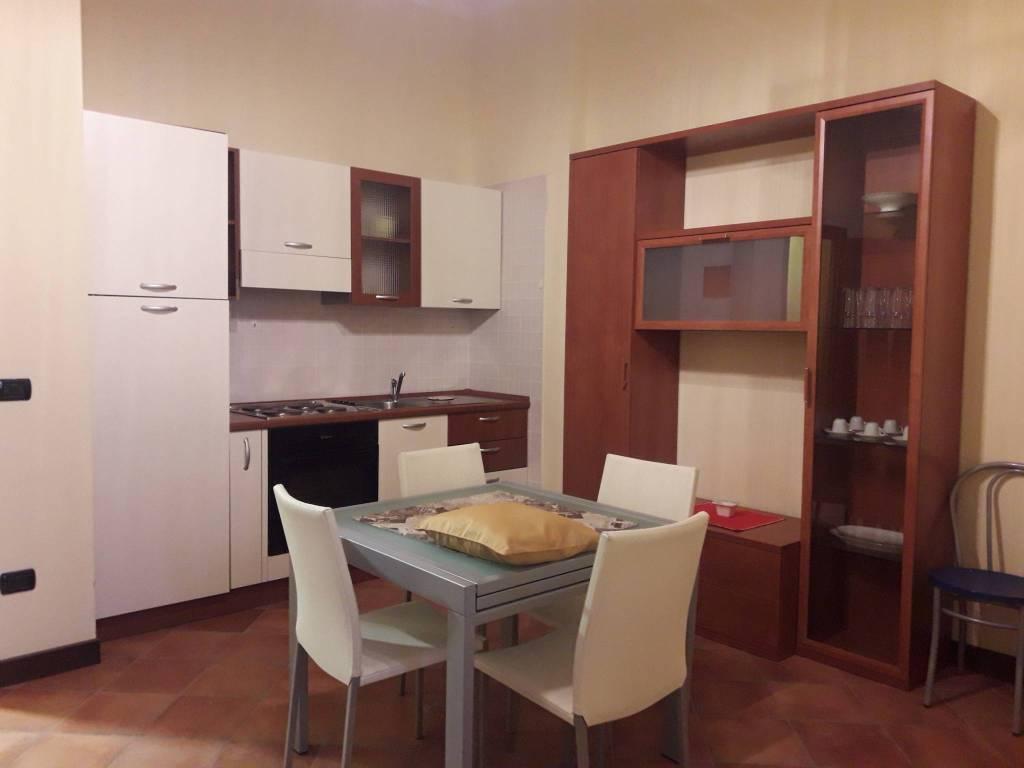 Appartamento in buone condizioni arredato in vendita Rif. 8573318