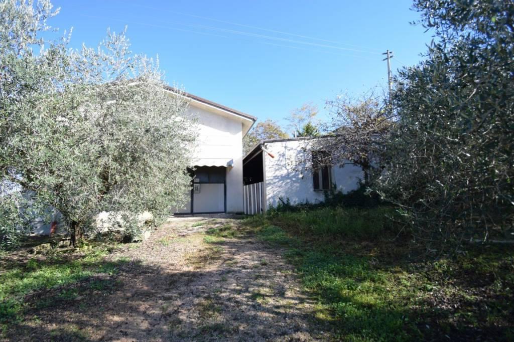 Casa Indipendente in vendita Rif. 8573519