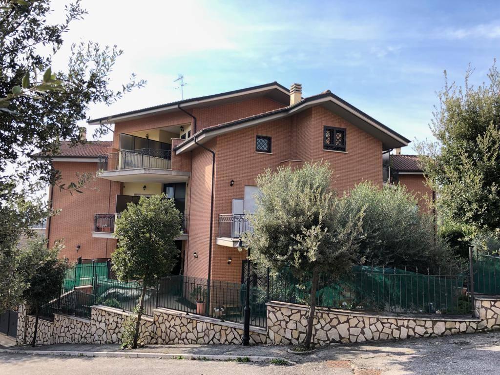 Appartamento in vendita Rif. 8574938