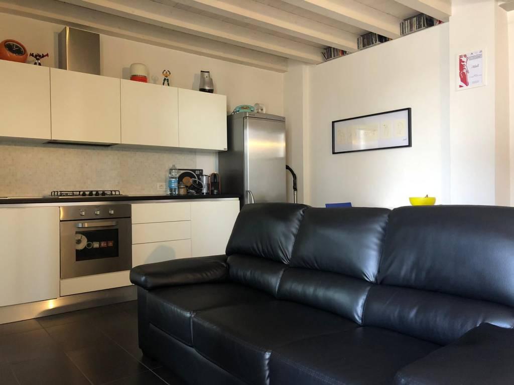 Appartamento arredato in affitto Rif. 8577231