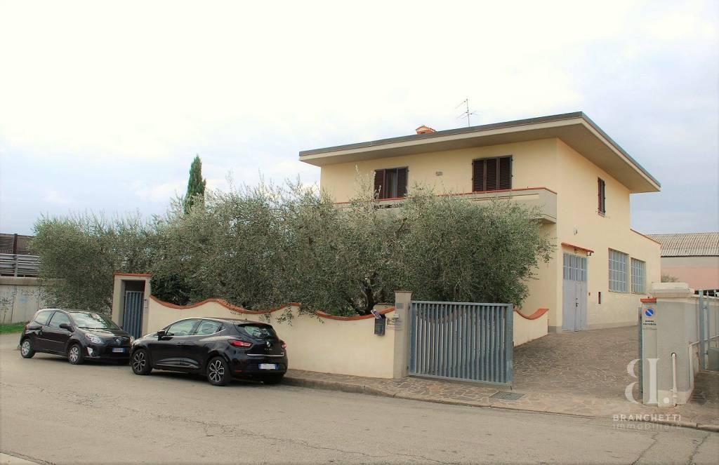 Casa Indipendente in ottime condizioni in vendita Rif. 8576750