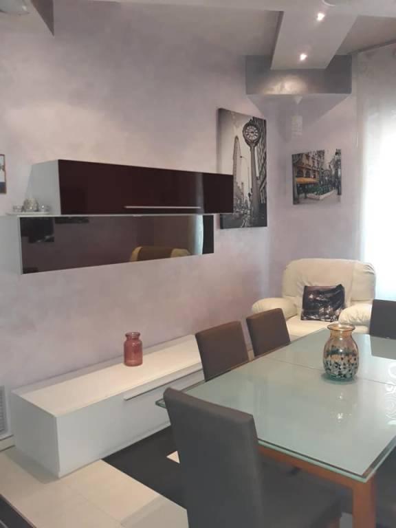 Appartamento in ottime condizioni arredato in affitto Rif. 8574864