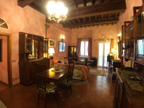 Prestigioso appartamento nei pressi di via Tornabuoni