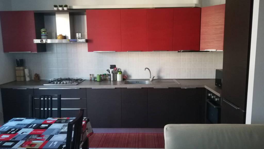 Appartamento in ottime condizioni arredato in vendita Rif. 8576775