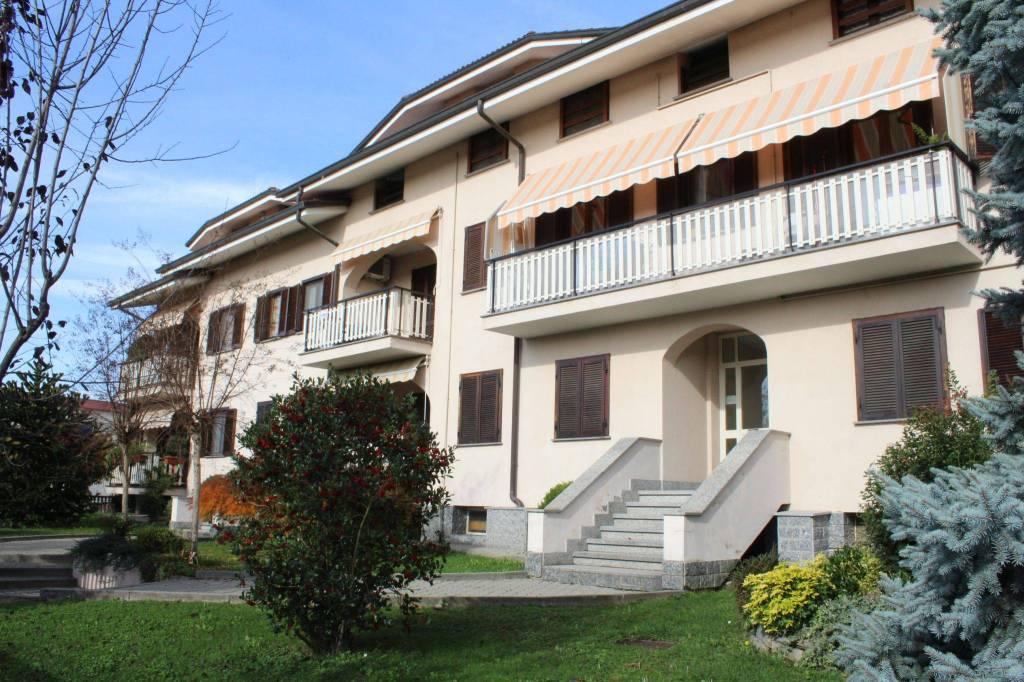 Foto 1 di Trilocale via 25 Aprile, Castellamonte