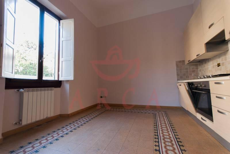 Appartamento in ottime condizioni parzialmente arredato in affitto Rif. 8593729