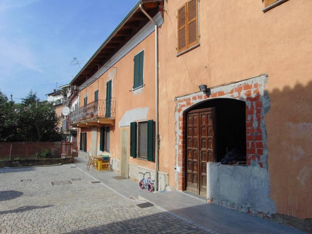 Rustico / Casale in vendita a Castelnuovo Belbo, 4 locali, prezzo € 129.000 | CambioCasa.it