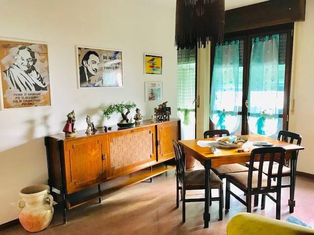 Appartamento in vendita a Olgiate Comasco, 4 locali, prezzo € 108.000 | CambioCasa.it