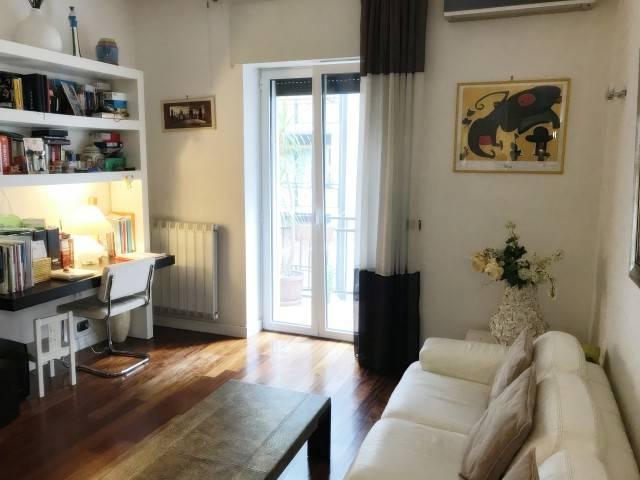 Appartamento in ottime condizioni arredato in affitto Rif. 8591636