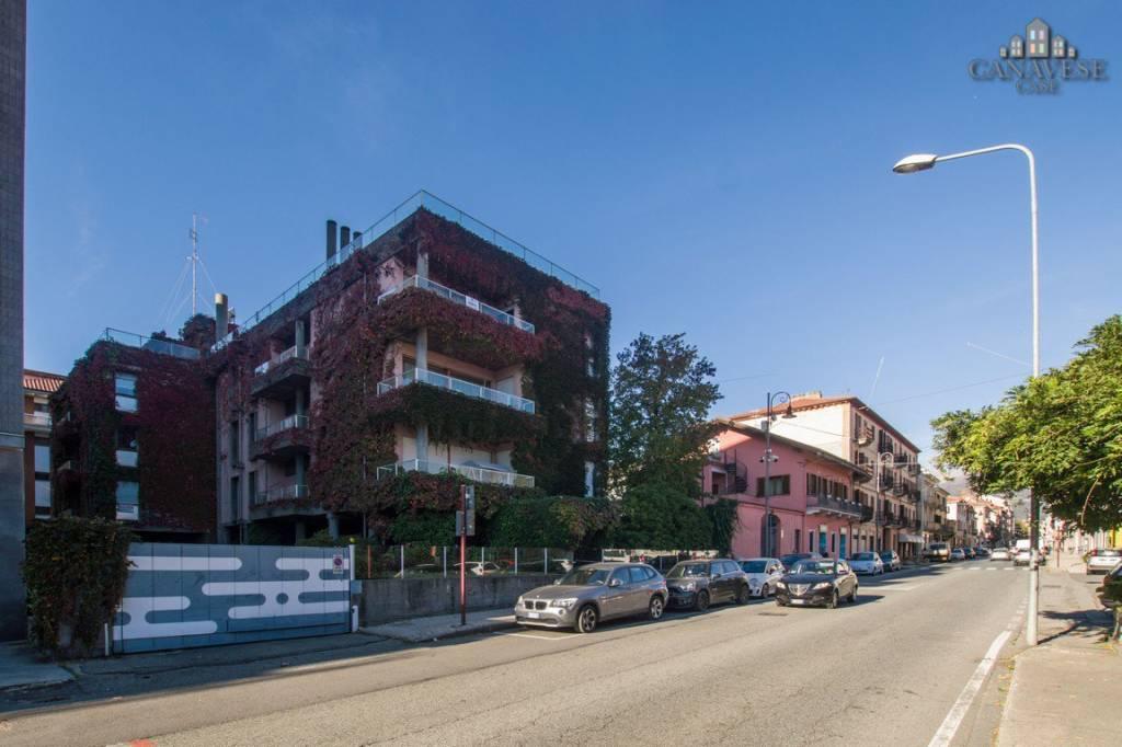 Appartamento in buone condizioni in vendita Rif. 8593754