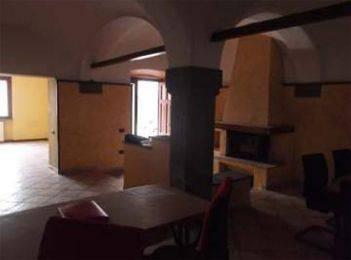 Appartamento in buone condizioni in vendita Rif. 8597024