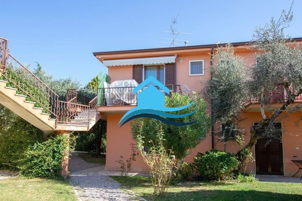 Appartamento in residence con grande piscina Bardolino