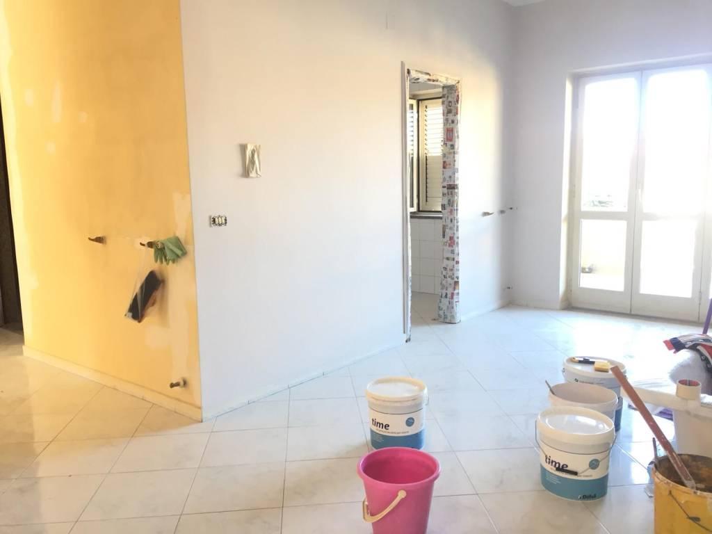 Appartamento in ottime condizioni in affitto Rif. 8595088