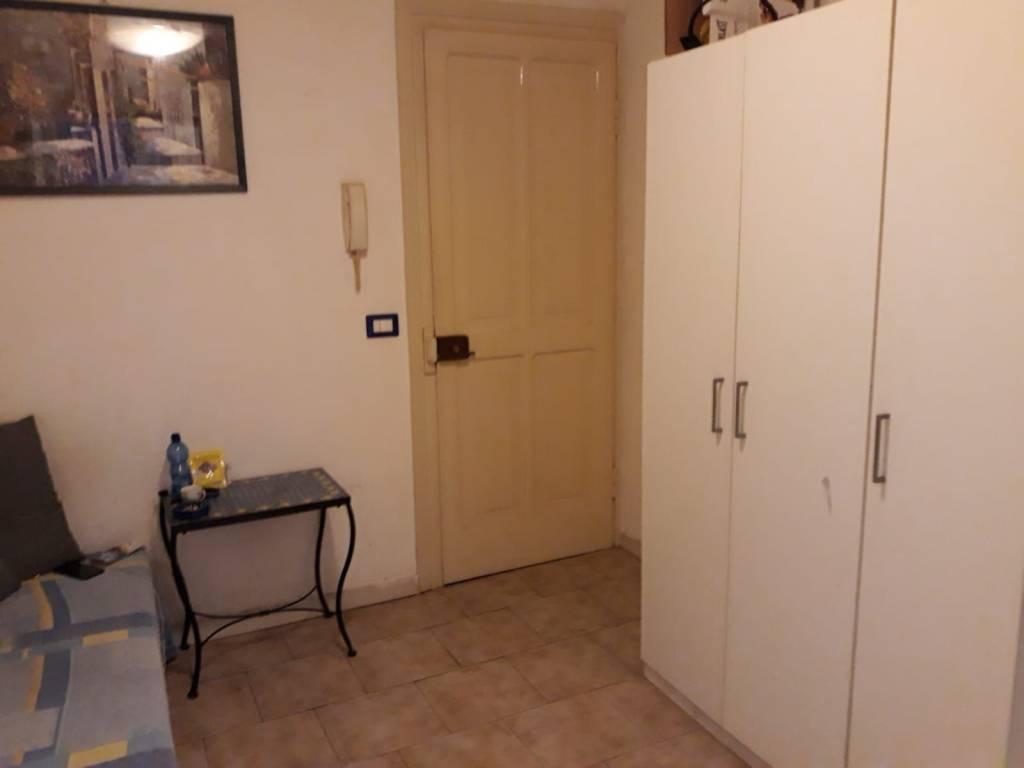 Appartamento in ottime condizioni arredato in affitto Rif. 8562078