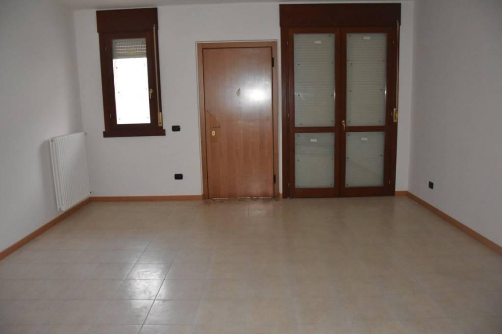 Appartamento in affitto Rif. 8590479