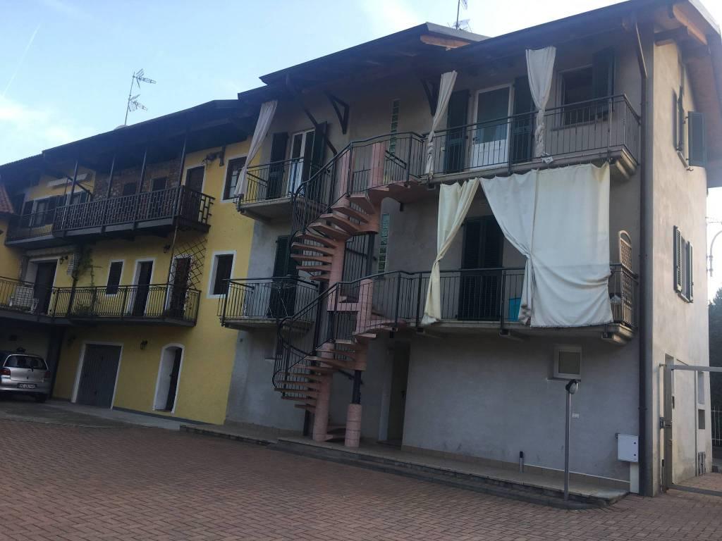 Appartamento in ottime condizioni in affitto Rif. 8589815