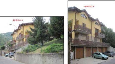 Appartamento in buone condizioni in vendita Rif. 9439190