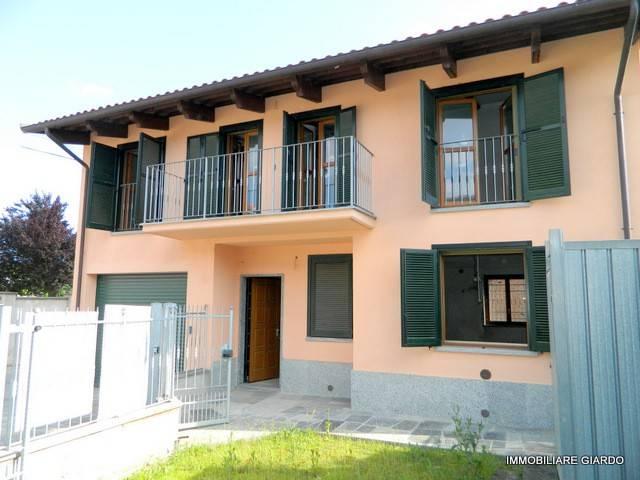 Foto 1 di Casa indipendente via Canonico Bosso 30, Buttigliera D'asti