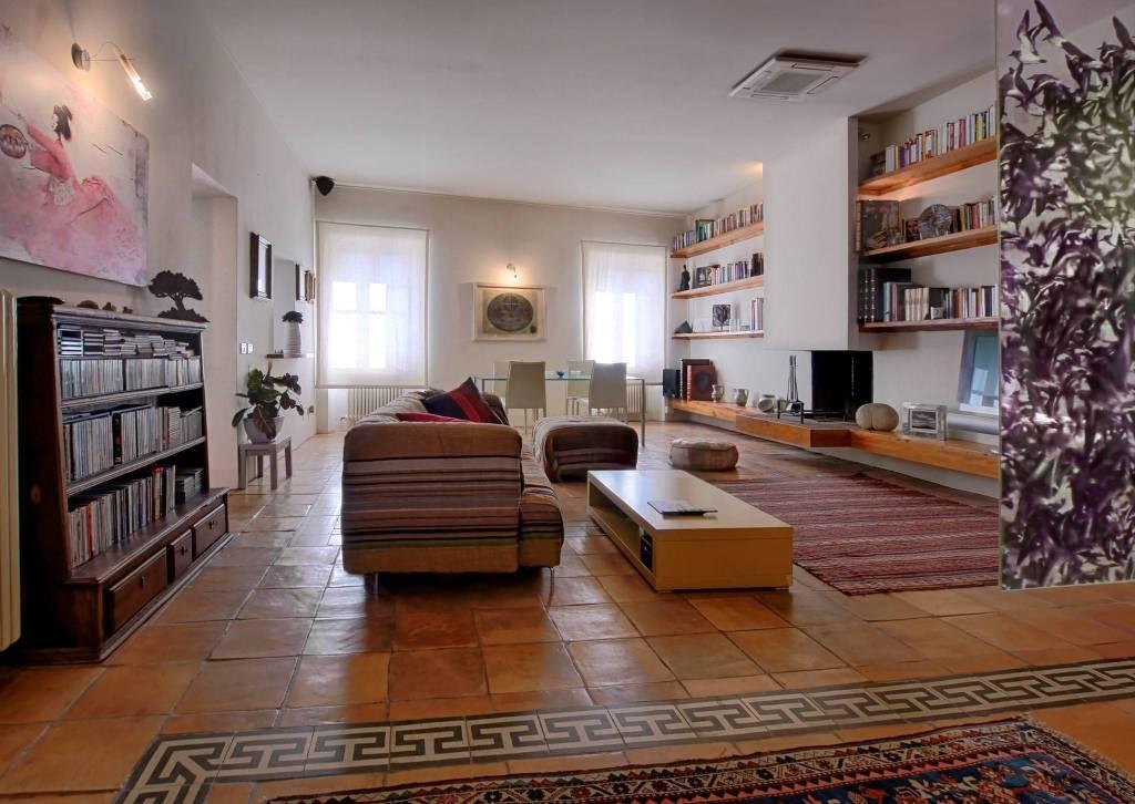 Appartamento in ottime condizioni arredato in vendita Rif. 8596596