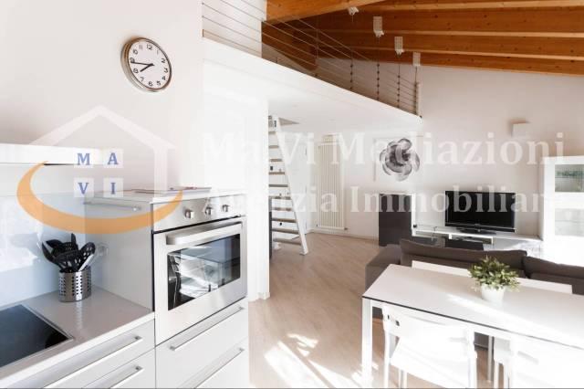 Appartamento in ottime condizioni in vendita Rif. 5200201