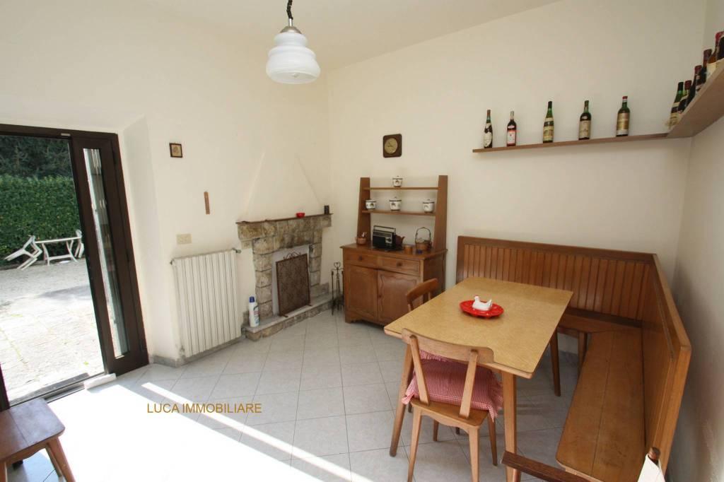 Casa Indipendente in buone condizioni in vendita Rif. 8609777