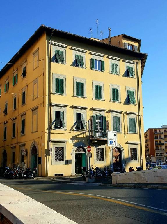 Appartamento in buone condizioni in vendita Rif. 8611664