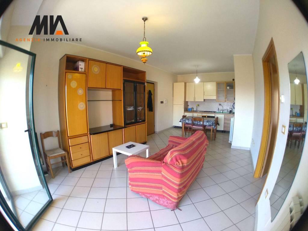 Stanza / posto letto in affitto Rif. 8611852