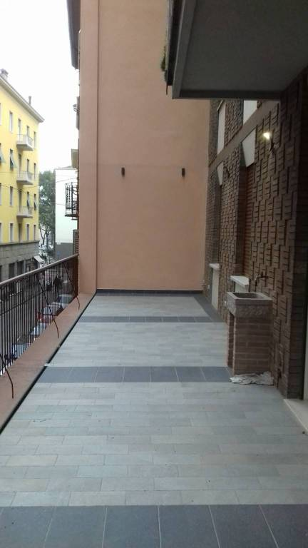 Appartamento in ottime condizioni parzialmente arredato in affitto Rif. 8607864