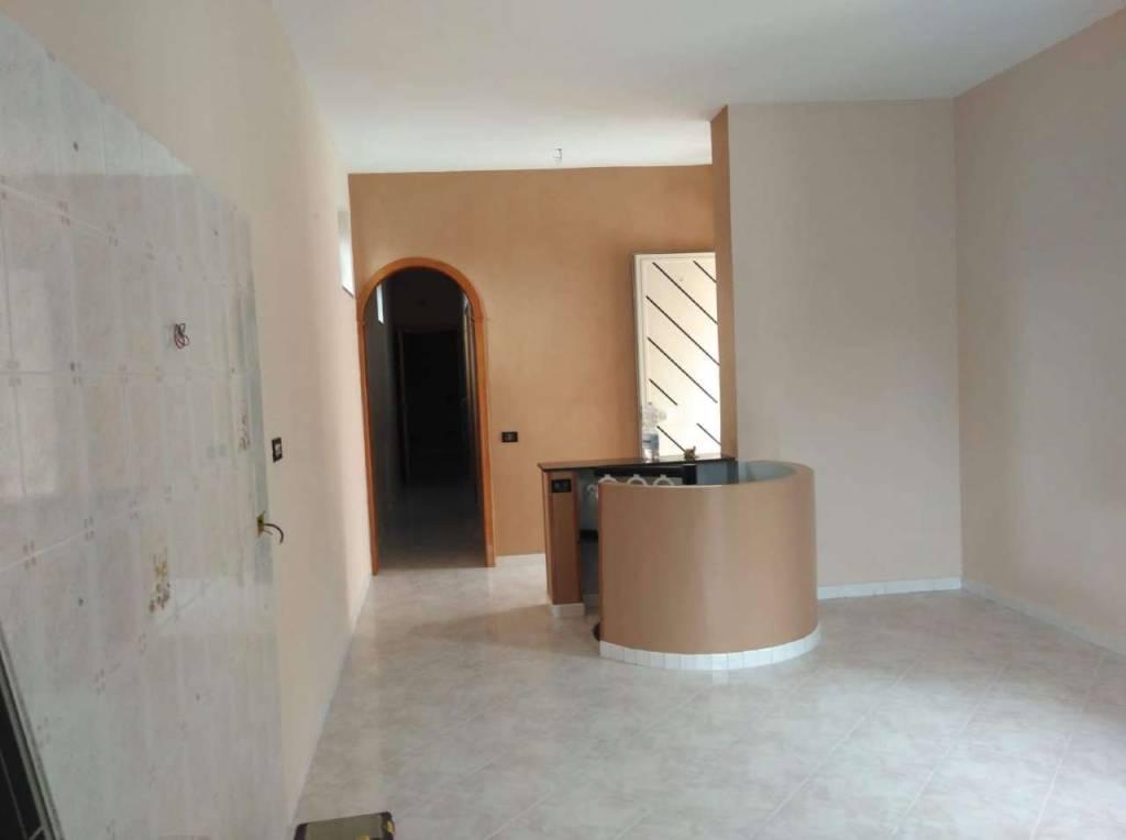 Soluzione Indipendente in vendita a Scisciano, 5 locali, prezzo € 160.000 | CambioCasa.it