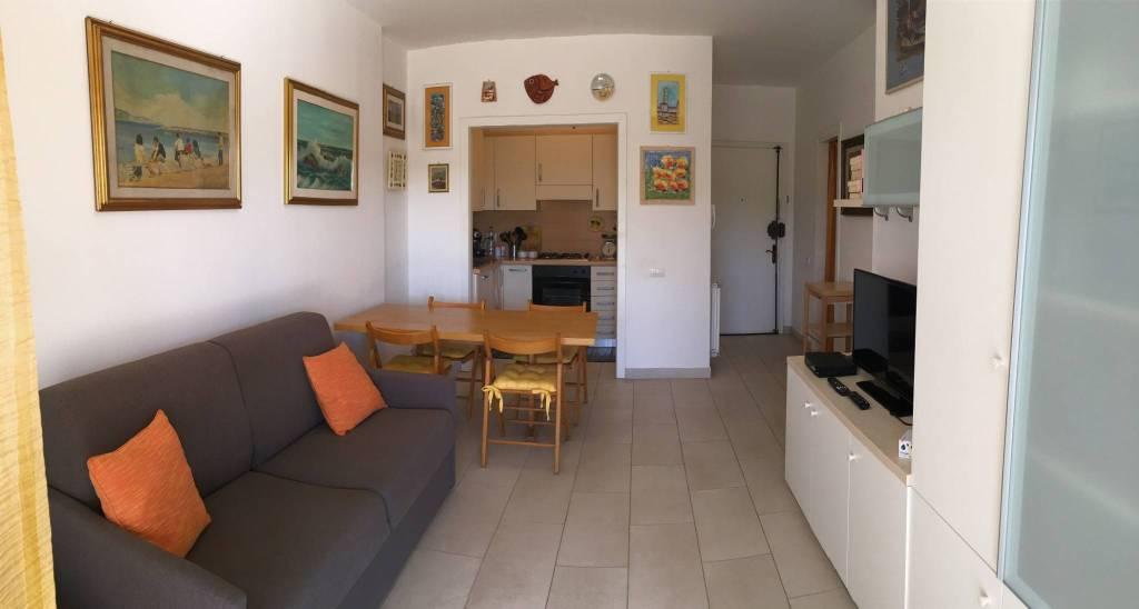Appartamento arredato in vendita Rif. 8605665
