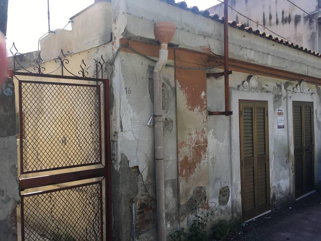 Casa Indipendente da ristrutturare in vendita Rif. 8608708