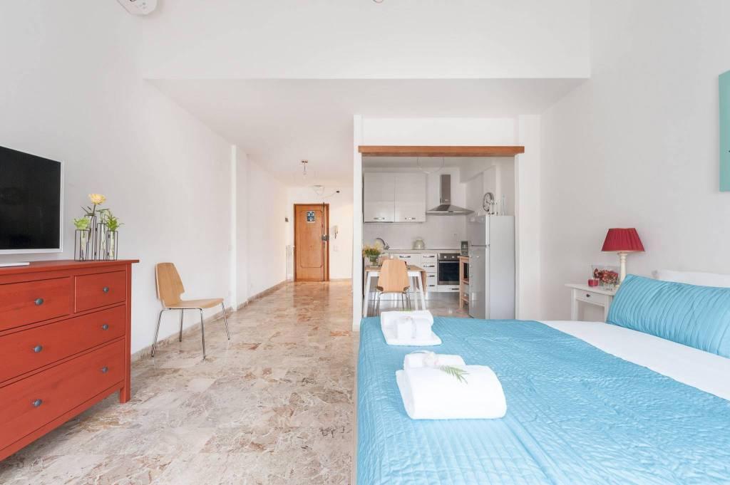 Appartamento in ottime condizioni arredato in affitto Rif. 8611125