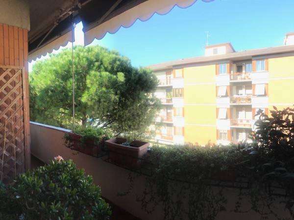Appartamento in buone condizioni arredato in affitto Rif. 8607799