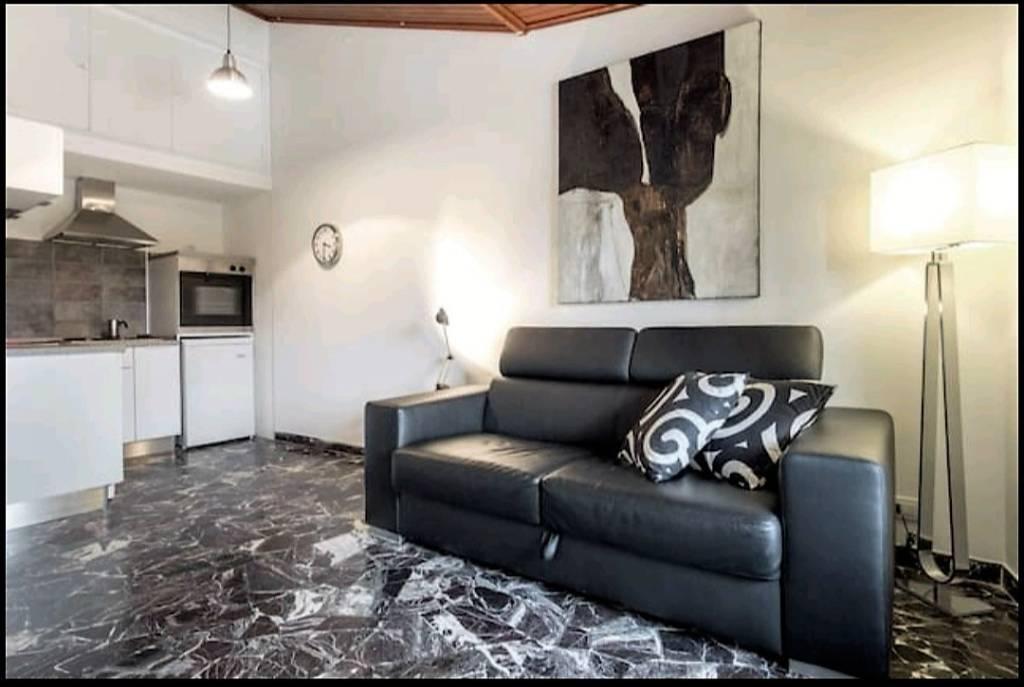 Appartamento in ottime condizioni arredato in affitto Rif. 8611128