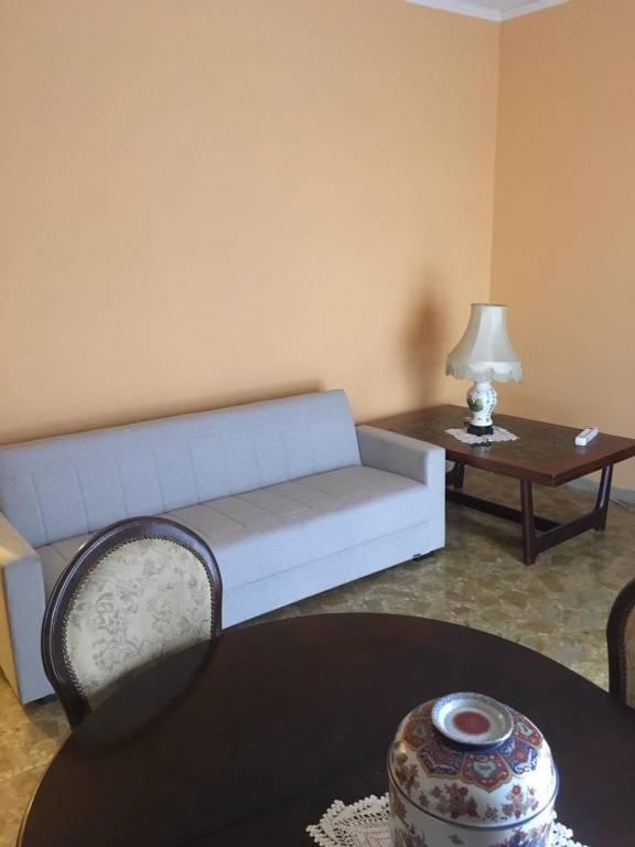 Appartamento in ottime condizioni parzialmente arredato in vendita Rif. 8900446