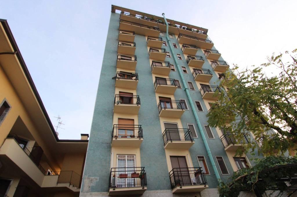Appartamento da ristrutturare in vendita Rif. 8605518