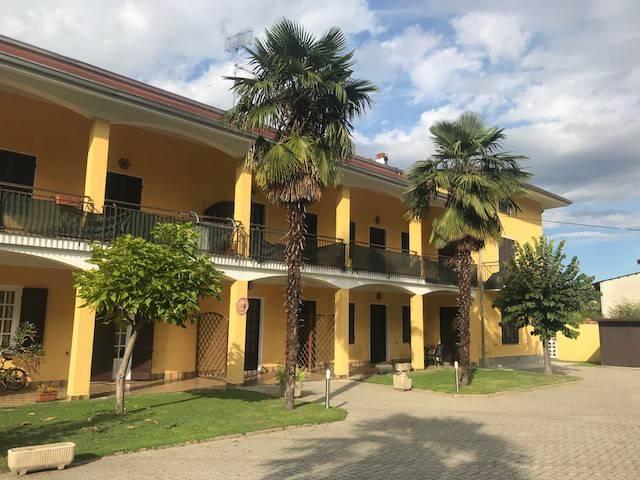 Appartamento parzialmente arredato in affitto Rif. 8609874
