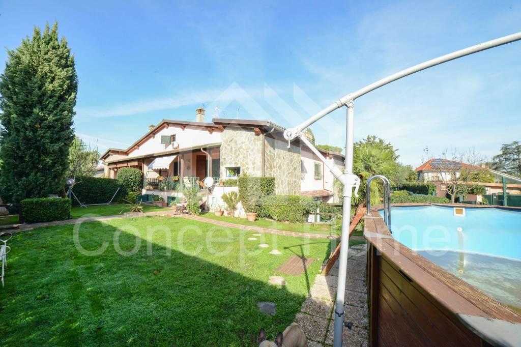 Villa in vendita a Roma, 6 locali, prezzo € 445.000 | CambioCasa.it