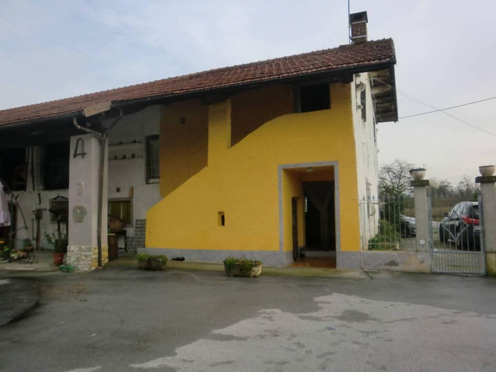 Casa Indipendente da ristrutturare in vendita Rif. 8605327