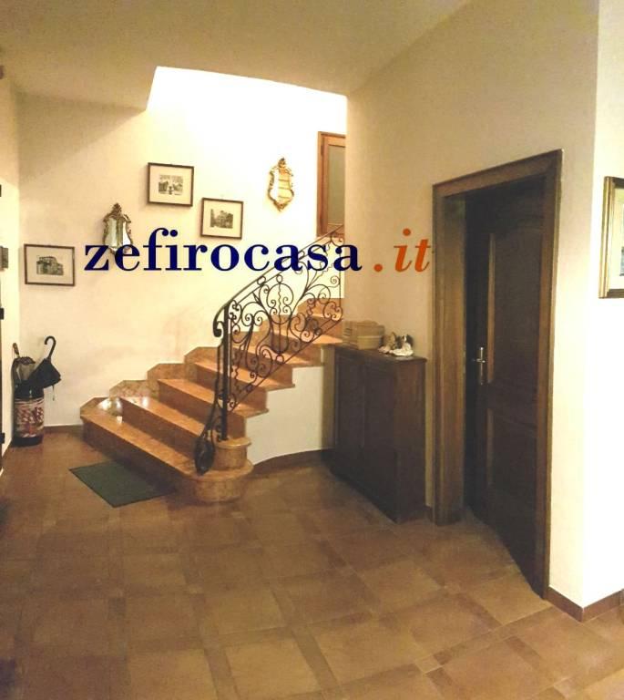 Appartamento in Vendita a Crevalcore Centro: 5 locali, 120 mq