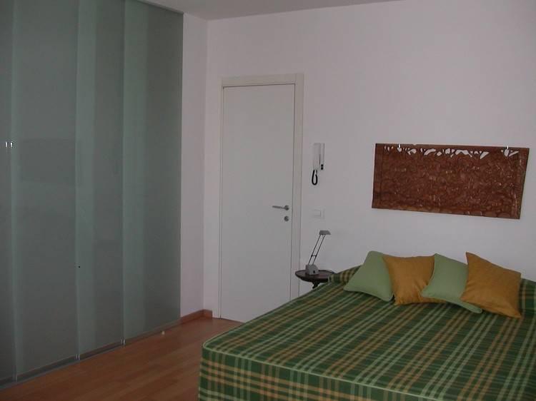 Appartamento in ottime condizioni arredato in affitto Rif. 8605714