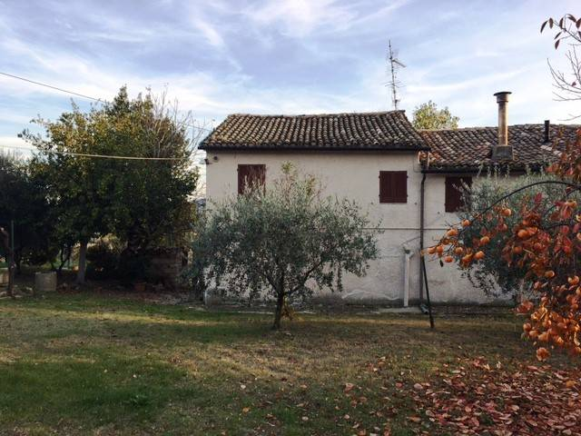 Casa Indipendente da ristrutturare in vendita Rif. 8606303