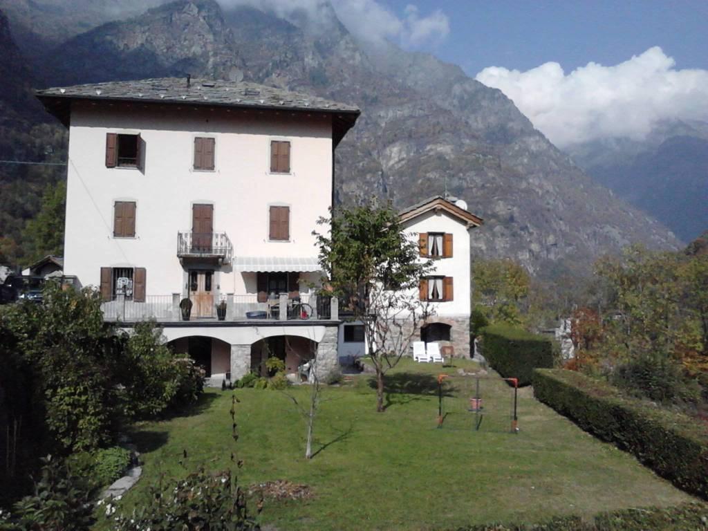 Appartamento in affitto a Issime, 5 locali, Trattative riservate | CambioCasa.it