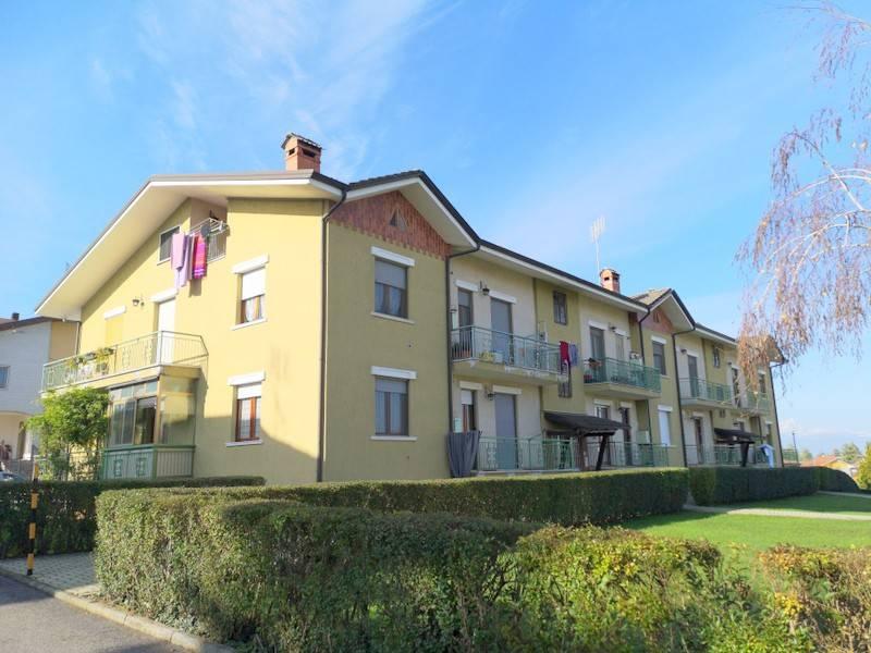 Appartamento in ottime condizioni in vendita Rif. 8618925