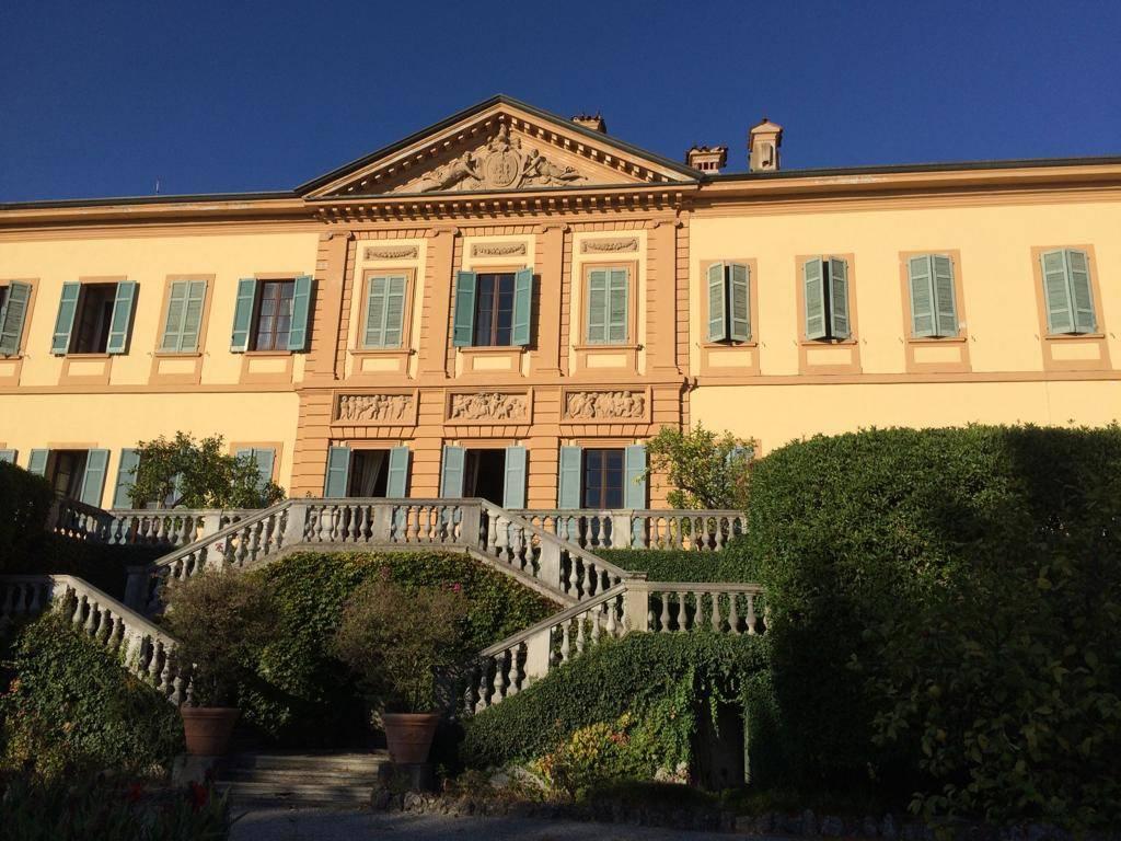 Stabile / Palazzo in buone condizioni parzialmente arredato in vendita Rif. 8620266