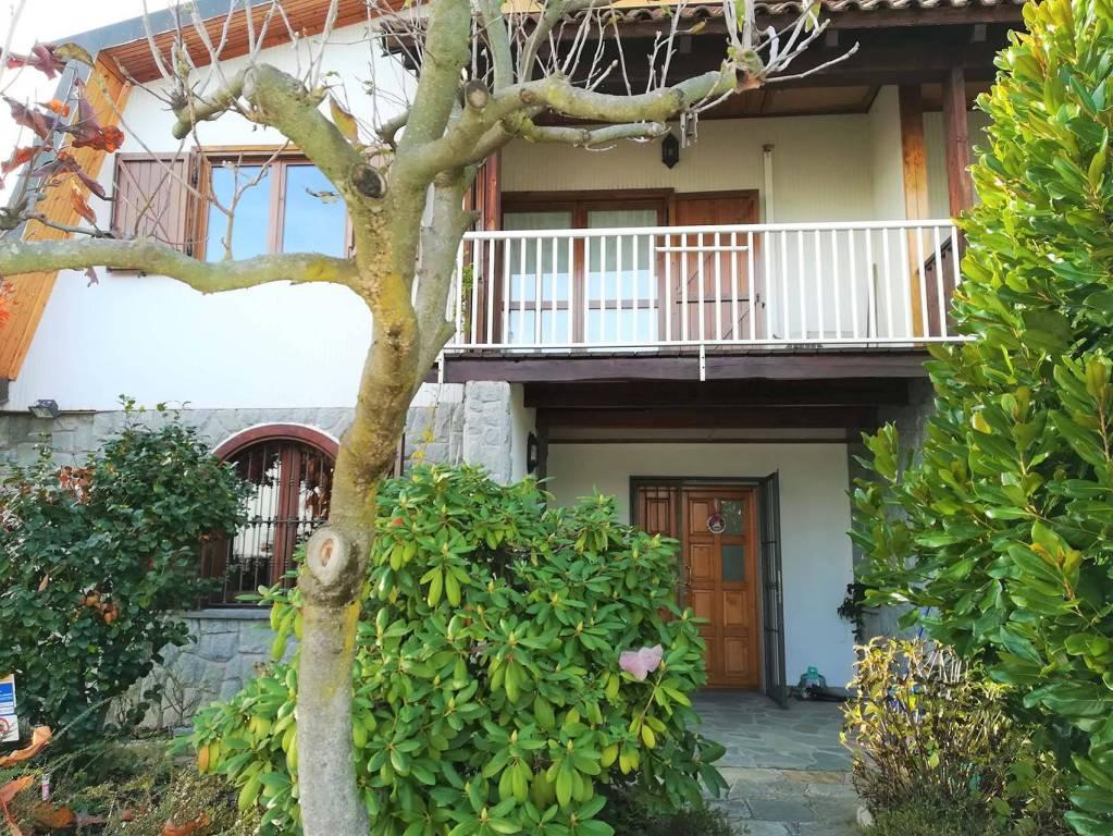 Casa Indipendente in ottime condizioni in vendita Rif. 8618072